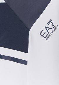 EA7 Emporio Armani - SET - Shorts - white - 9