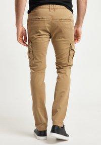 DreiMaster - Pantaloni cargo - beige - 2