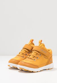 Viking - SPECTRUM MID GTX - Hiking shoes - honey/grey - 3