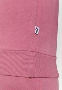 Puma - MODERN BASICS CREW - Sweatshirt - foxglove - 5
