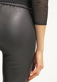 MICHAEL Michael Kors - Leather trousers - black - 5