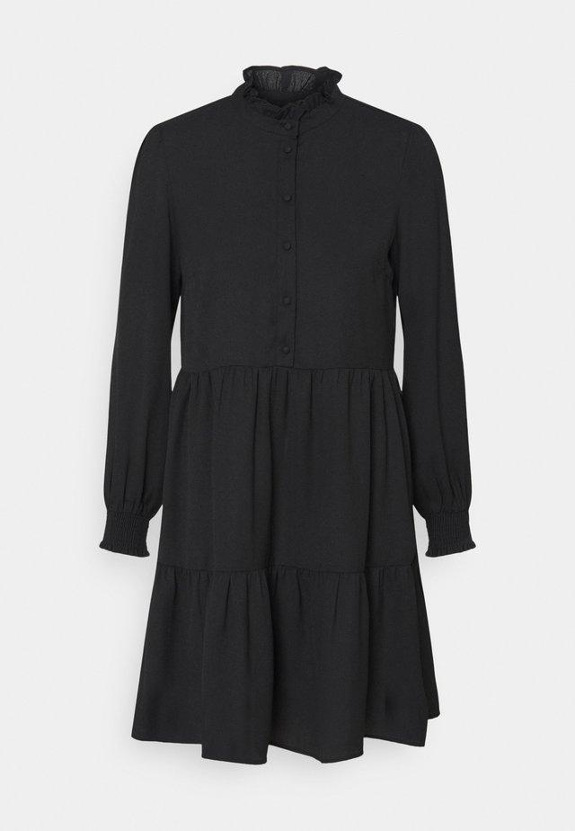 PCLULLA DRESS - Skjortekjole - black
