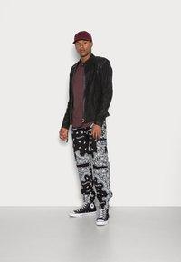 Sixth June - BANDANA PANTS - Cargo trousers - black - 1