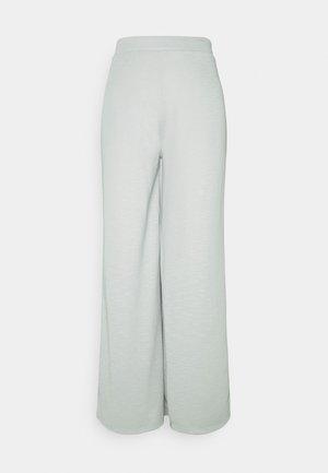 ONLLAYLA WIDE PANTS  - Broek - light grey melange