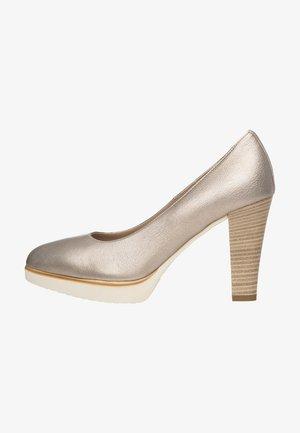 Platform heels - cipria