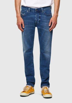 Larkee Beex  - Jeans Tapered Fit - medium blue