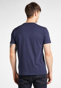 Lee - STRIPE  - Print T-shirt - dark navy - 2