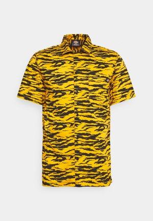 QUAMBA - Shirt - cadnium yellow