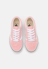 Vans - OLD SKOOL - Zapatillas - powder pink/true white - 3