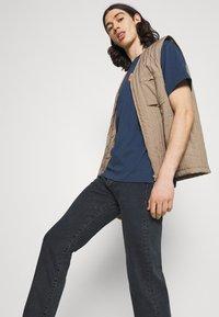 Levi's® - 501® LEVI'S® ORIGINAL FIT - Jean droit - dark indigo worn in - 3