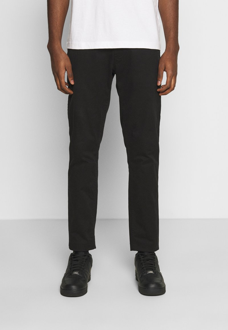 Tommy Jeans - SCANTON PANT - Chinosy - black