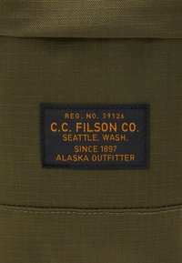 Filson - RIPSTOP BACKPACK - Batoh - surplus green - 7