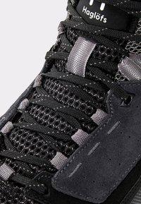Haglöfs - SKUTA MID PROOF ECO - Hiking shoes - black/grey - 5