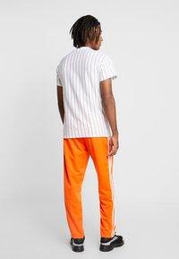 New Look - ATLANTIC VERT STRIPE TEE - T-shirt con stampa - white - 2