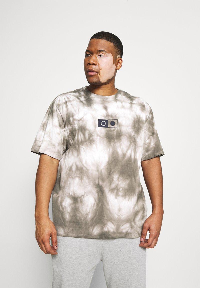 Edwin - SYNERGY - Print T-shirt - frost grey
