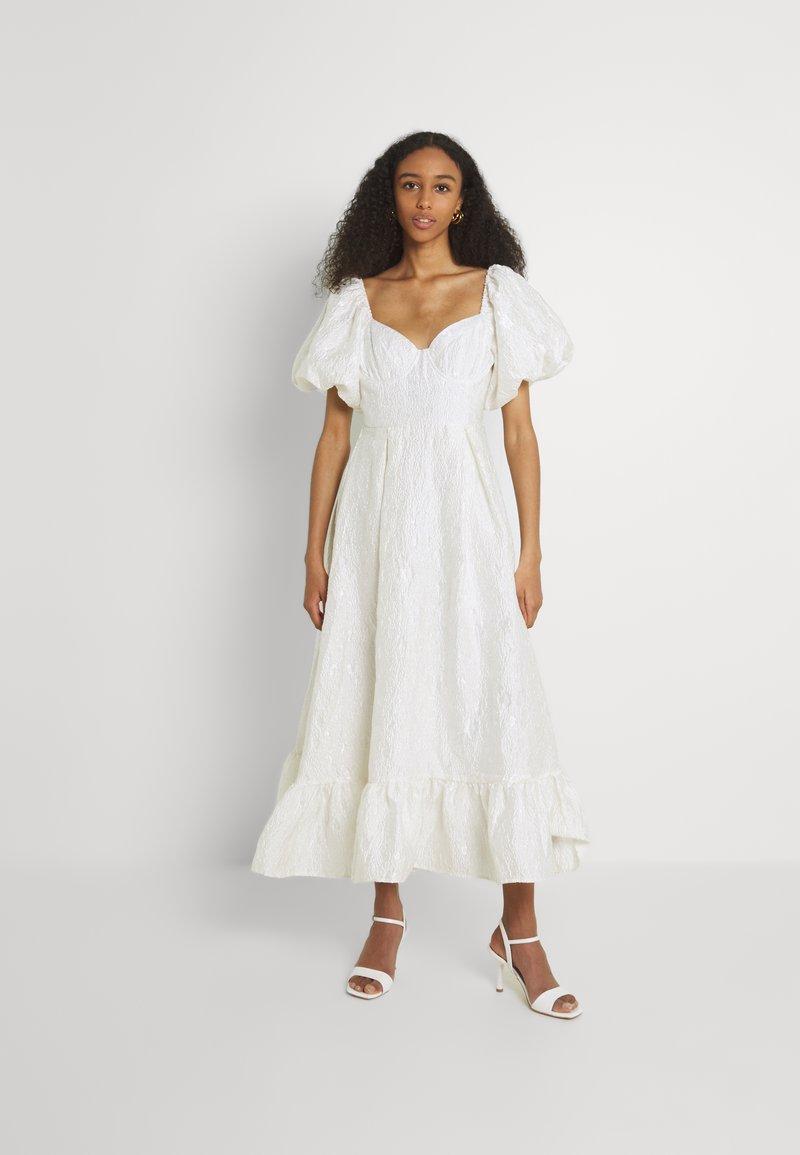Sister Jane - HANDWRITTEN DRESS - Společenské šaty - ivory