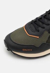Cruyff - SUPERBIA - Joggesko - green/black - 5