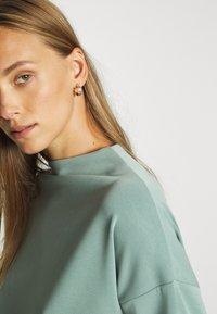 Opus - GATHER - Sweatshirt - mineral green - 5