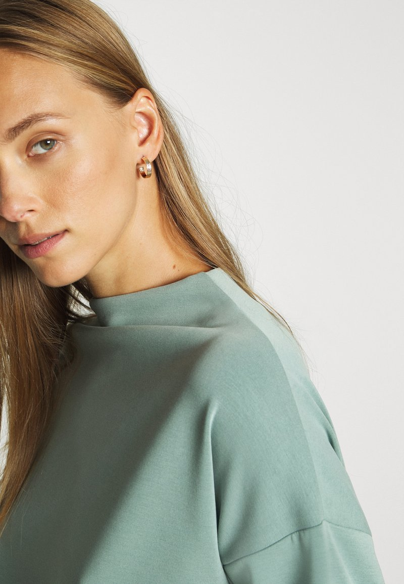 Opus GATHER - Sweatshirt - mineral green/blaugrau kCyHul