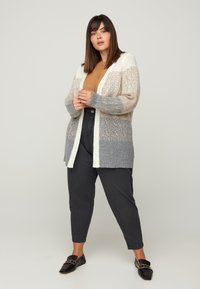 Zizzi - Cardigan - brown - 0