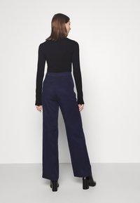 Pepe Jeans - CHARIS - Kalhoty - thames - 2