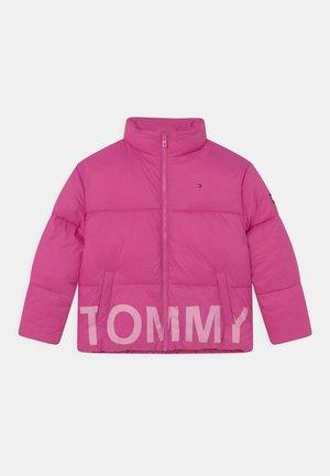 TONAL PUFFER - Winter jacket - vivid fuchsia