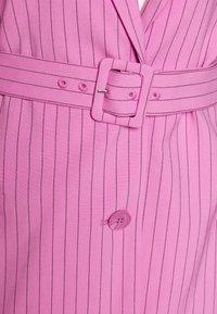 Weekday - JEAN - Abrigo corto - pink - 2