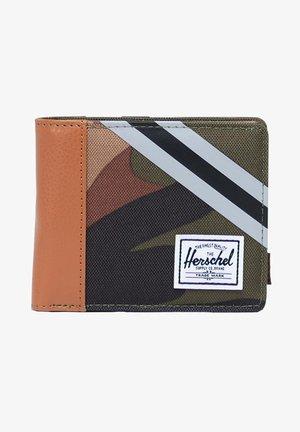 ROY - Wallet - woodland camo/synthetic leather stripe vapor/black