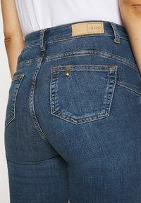 Liu Jo Jeans - SKTRUE SUPER - Jeans Skinny Fit - blue justify - 3