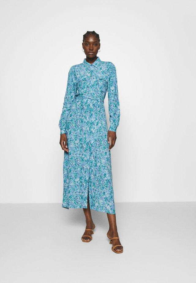 BEATA - Skjortklänning - blue