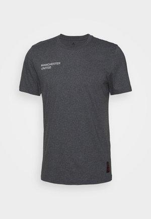 MANCHESTER UNITED FOOTBALL SHORT SLEEVE - Klubové oblečení - dark grey