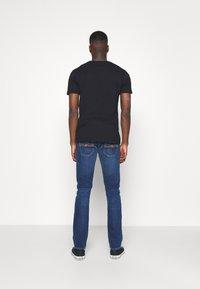 Nudie Jeans - GRIM TIM - Džíny Slim Fit - indigo myth - 2