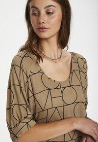 Soaked in Luxury - SLMONTOYA  - Day dress - love print ermine - 3