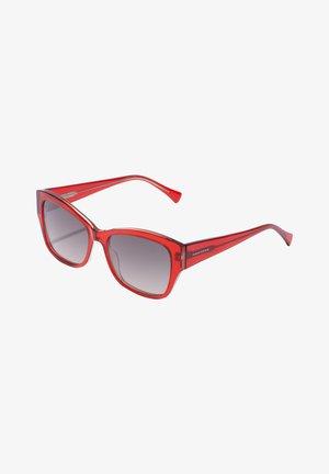 BHANU - Sunglasses - red
