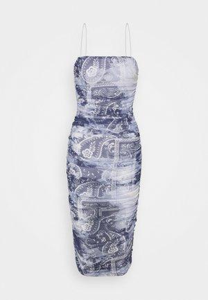 SCARF PRINT MIDAXI - Shift dress - blue