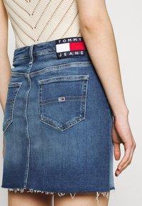 Tommy Jeans - SHORT SKIRT - Mini skirt - blue denim - 3