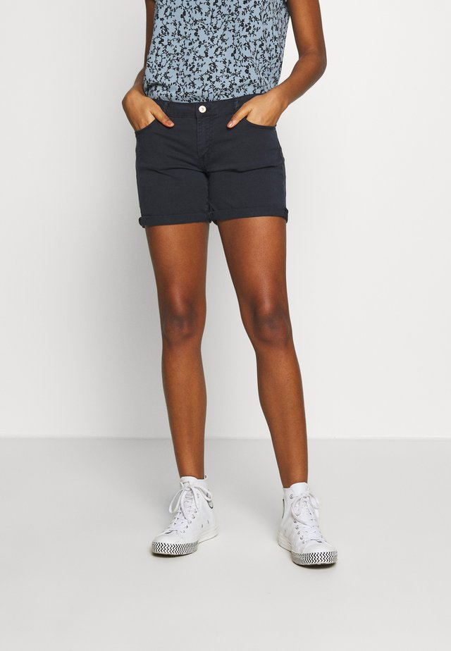 JANKA - Denim shorts - atlantic