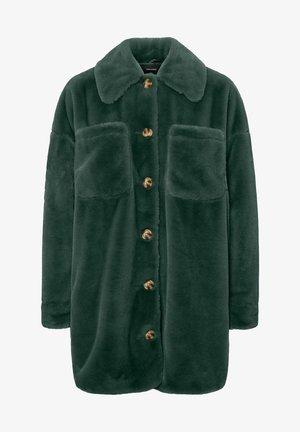 VMDONNASHIRT JACKET - Winter coat - pine grove