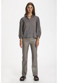 Soaked in Luxury - Skjorte - brushed nickel - 1