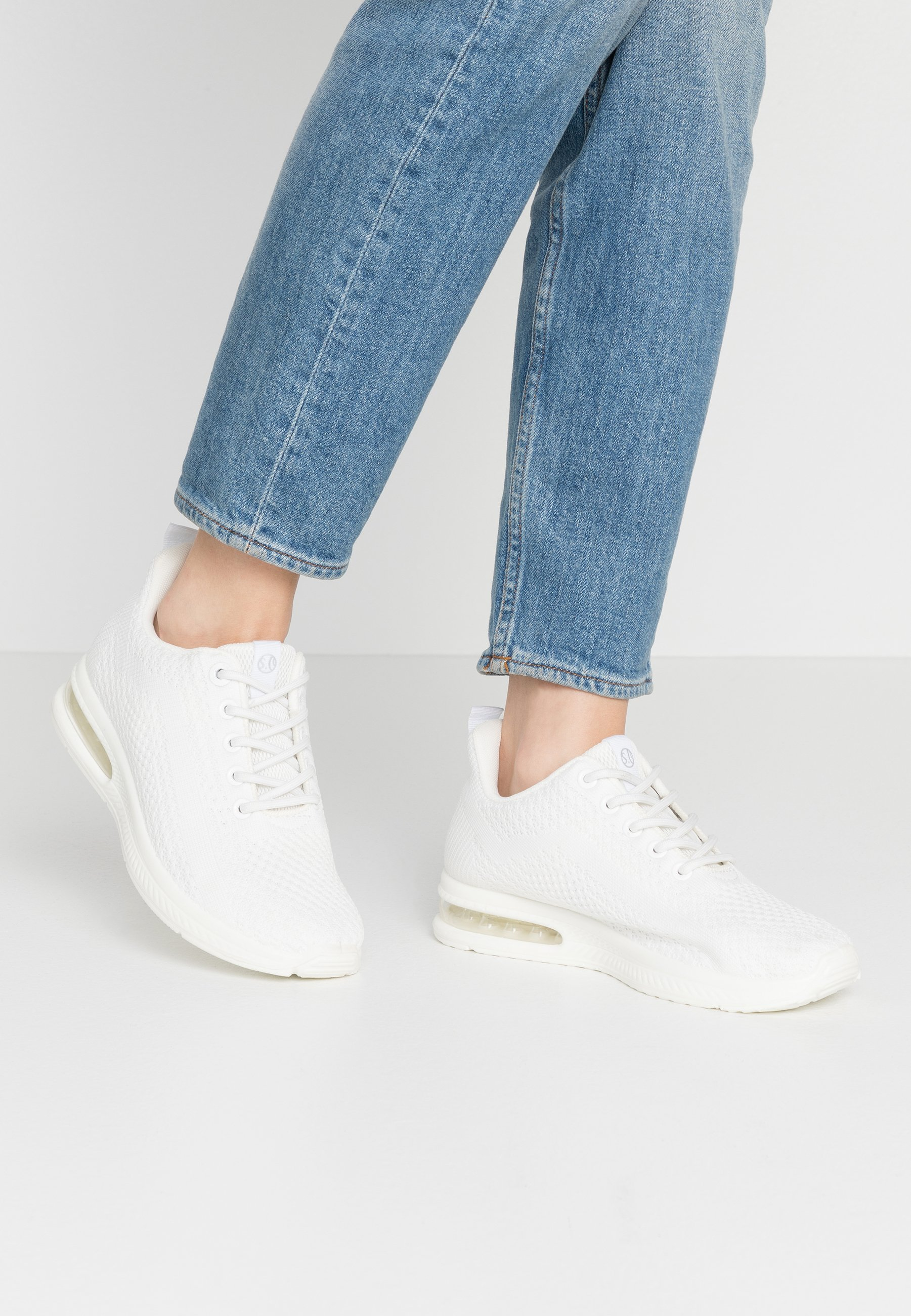 s.Oliver Baskets basses - white - Sneakers femme Original