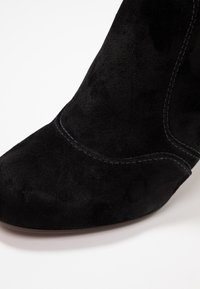 Chie Mihara - KYRA - Ankle boots - black - 2