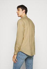 Polo Ralph Lauren - LONG SLEEVE - Camicia - coastal beige - 2