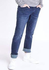 BONOBO Jeans - INSTINCT - Straight leg jeans - stone blue denim - 0