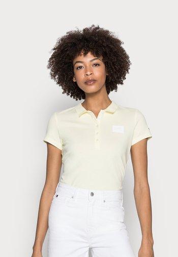 SLIM - Polo shirt - frosted lemon