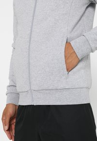 Lacoste Sport - JACKET - Mikina na zip - silver chine - 4