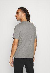 Hi-Tec - BEN - T-shirt print - collegiate grey marl - 2