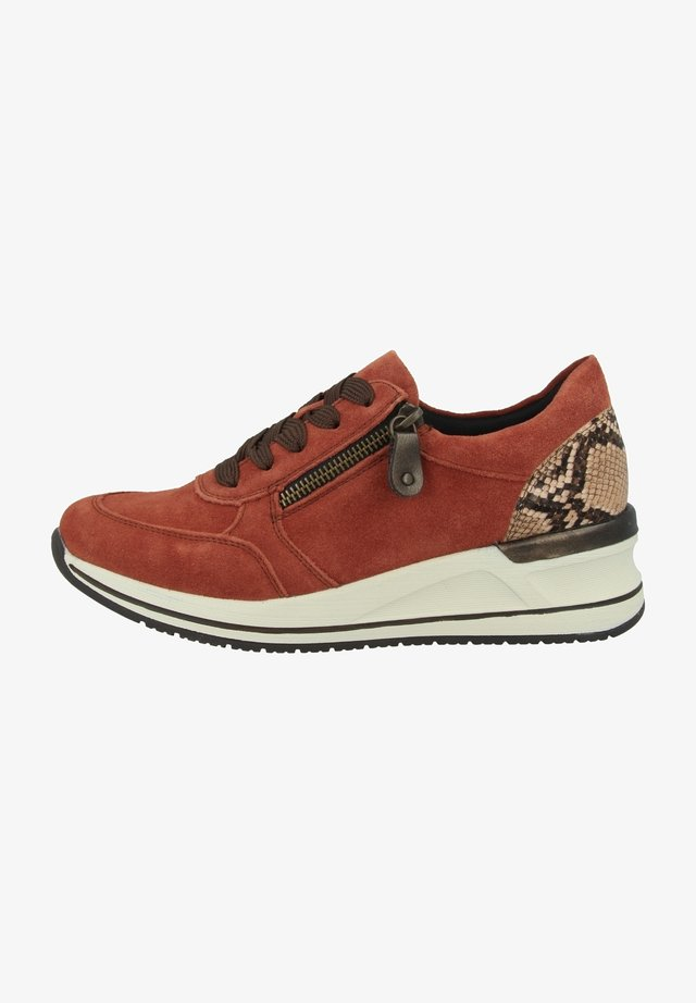 Sneakers laag - brick-brown-antique (d3204-38)