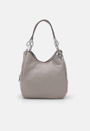 LILLIE CHAIN TOTE - Handbag - pearl grey