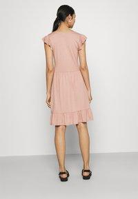 JDY - JDYDITTE V NECK DRESS - Jersey dress - rose - 2