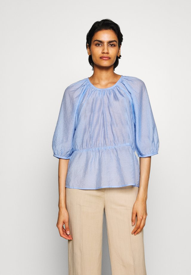 BENITO - Blouse - light blue